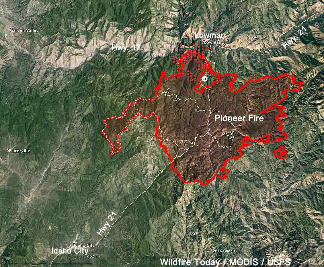 Pioneer Fire spreads north across Highway 21 near Lowman, Idaho