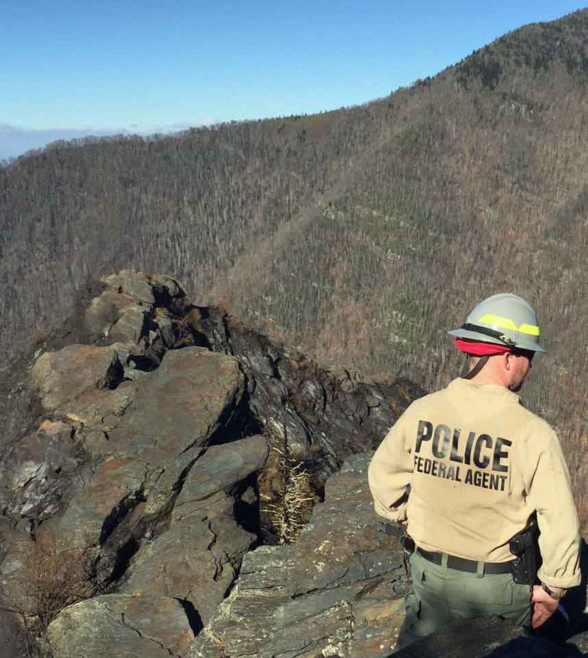 NPS official talks about the wildfire that burned into Gatlinburg ...