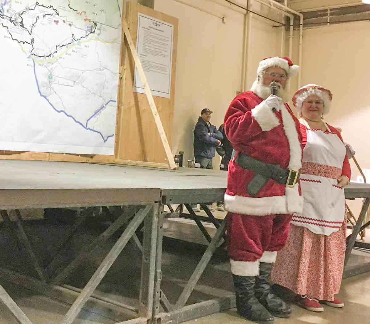 Santa and Mrs. Claus firefighters Thomas Fire