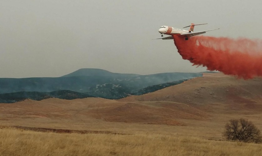 tanker 101 retardant drop legion lake fire