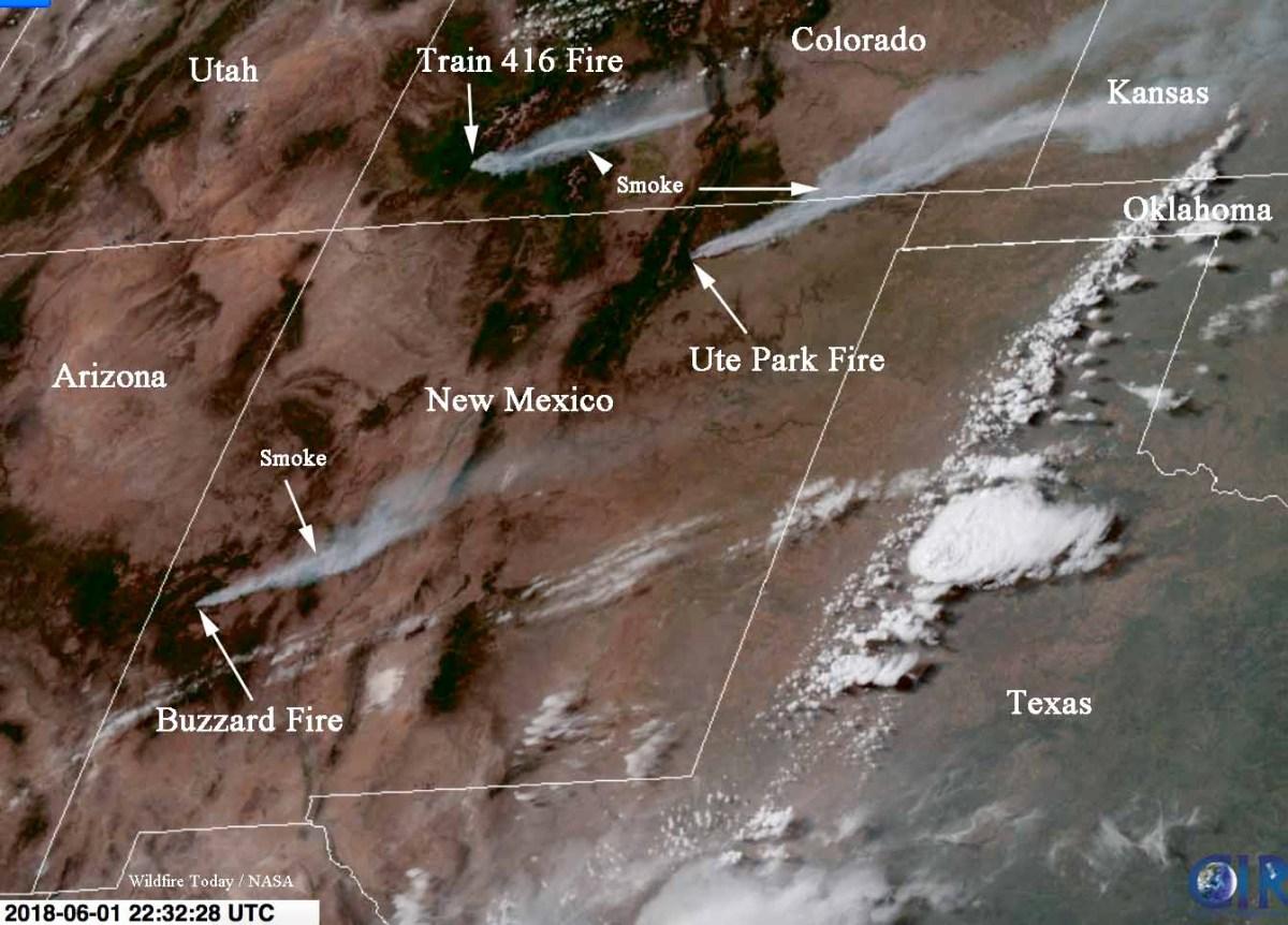 Satellite photo, smoke from New Mexico wildfires