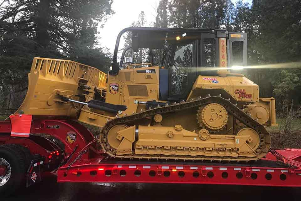 CAL FIRE receives new dozer and transport - Wildfire Today