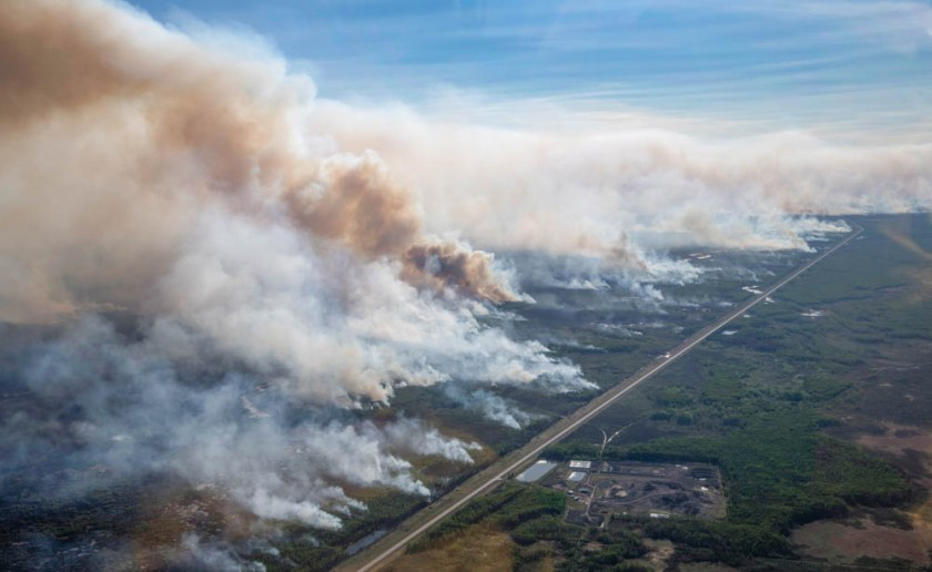 aerial photo Chuckegg Creek Fire alberta