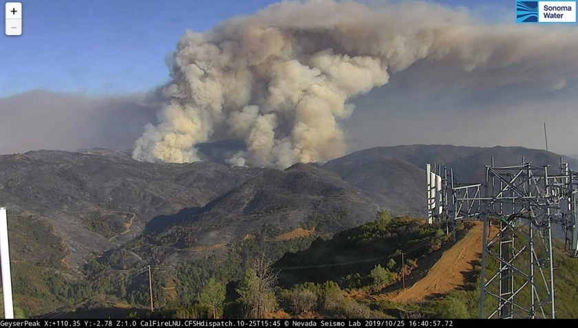 Kincade Fire flare up