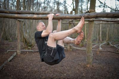 hang tough leg raise