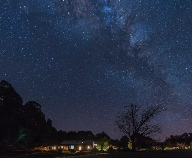 night sky house side