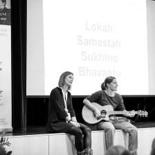 Yoga Action am #ÖFRK18 - Singen