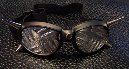 Twin Spikes Goggles w/plate lenses