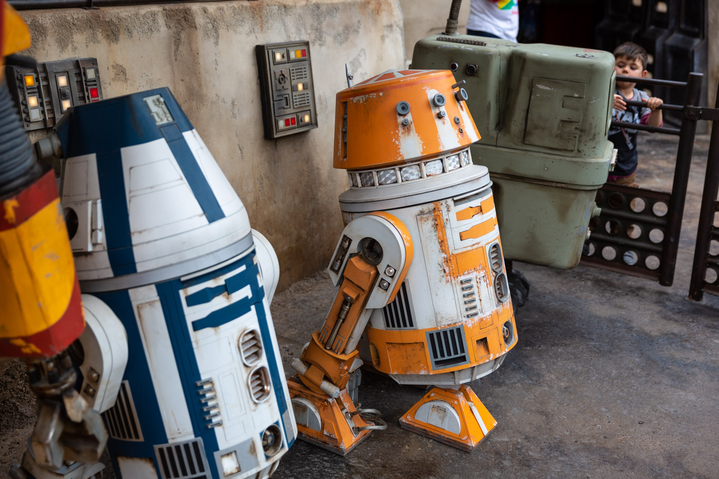 Details inside Disneyland's Galaxy's Edge