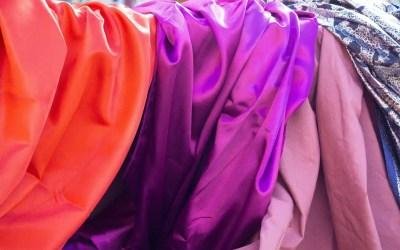 Silk smugglers