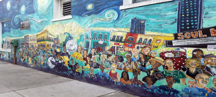 The Iconic Mobile Mural - a stop along the Iconic Mobile Scooter Tour