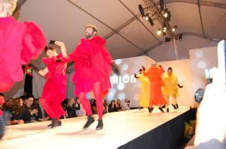 Dancers going cray-cray at Hi Fashion.