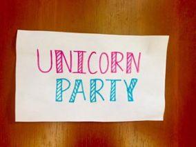 Unicorn party - front door