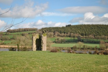 Kilmeaden Castle, dominating Suir Valley