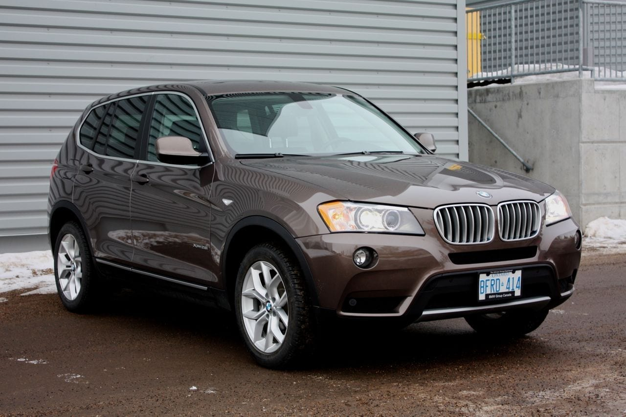 review 2013 bmw x3 xdrive28i wildsau. Black Bedroom Furniture Sets. Home Design Ideas
