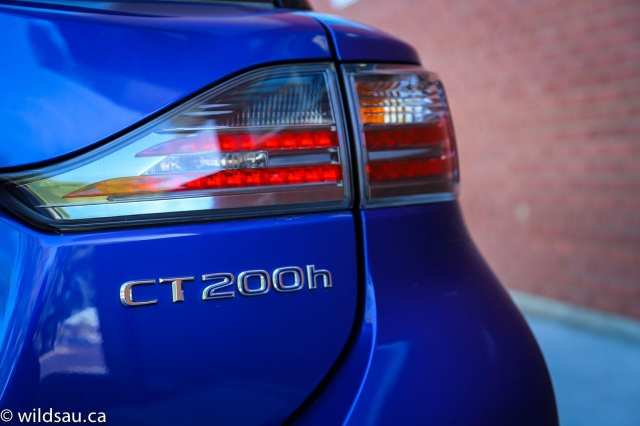 CT200h badge