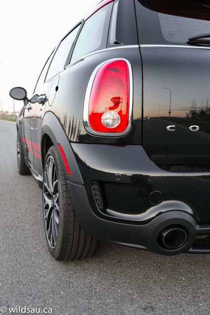 exhaust tail light
