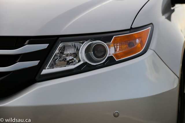 headlight detail