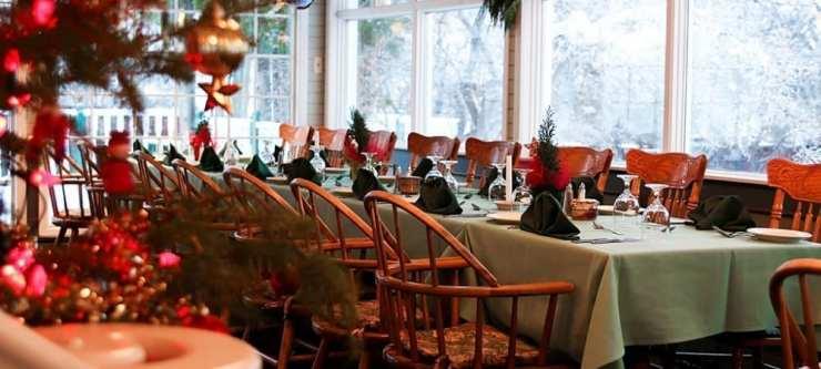 strands restaurant