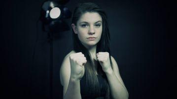 karate_girl_brawl_1