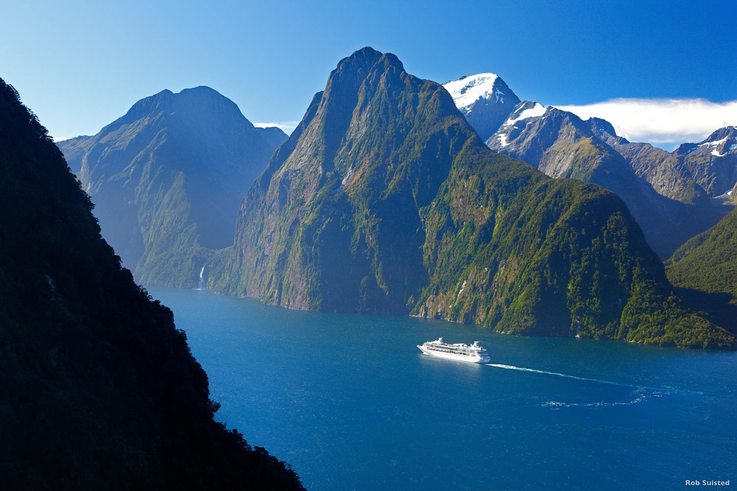 Fly Hike Amp Cruise Milford Sound