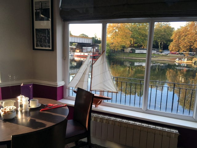 mecure-hotel-staines-restaurant