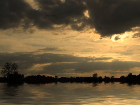 sunset-w-lake