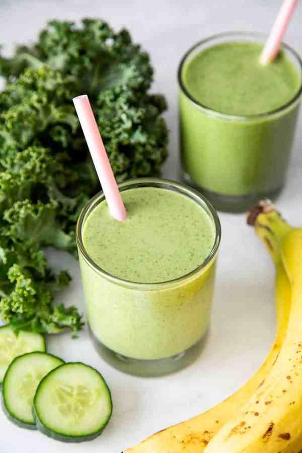 Banana Peanut Butter Green Smoothies | wildwildwhisk.com