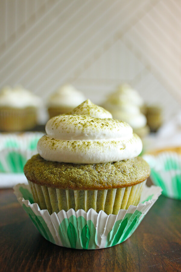 Refreshing Matcha Green Tea Cupcakes with a light and fluffy whipped cream frosting, it's like a Matcha Frappuccino in a cupcake form! | wildwildwhisk.com