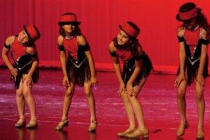 Wilhelm Dancers Red