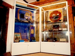 Altes Haus Stuttgart Hedelfingen Ausstellung Bunte Vielfalt aus Glasperlen 2015