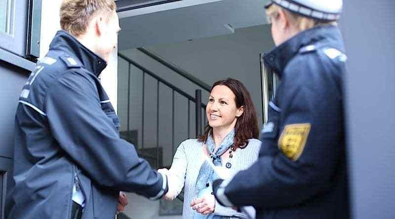 Einbruchschutz – Polizei berät Bürger vor Ort