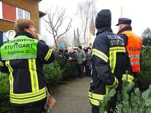 Christbaumverkauf bei der Feuerwehr Riedenberg 2.12.2017