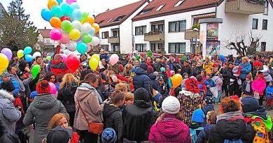 13.31 Uhr: Rosenmontagsumzug in Sillenbuch