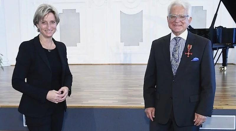Ehrenpräsident des Verbandes des Kraftfahrzeuggewerbes Baden-Württemberg