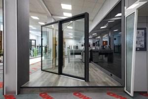 EMO Ausstellung mit Fenstern