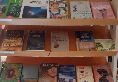Bunter Bücherherbst in der Bücherei St. Michael