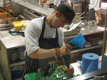 "Benares Restaurant (Mayfair) - Preparing an amuse bouche of ""Chicken Tikka Cones"""