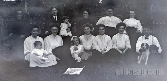 Ella's-Family-det