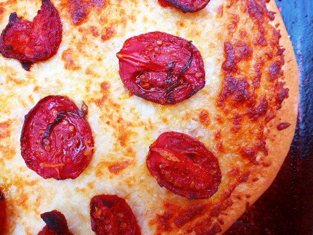 White Pizza with Roasted Tomatoes | Willceau Illo News