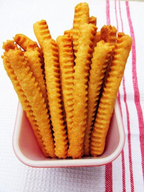 CheeseStraws