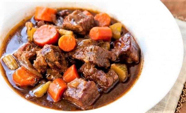Жаркое с говядиной в домашних условиях (рецепты)