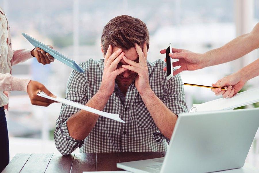 ¿Trabajos estresantes = Bruxismo?