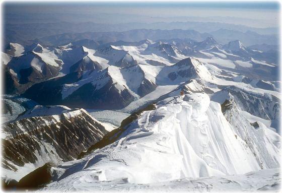 everest-summit-ridge