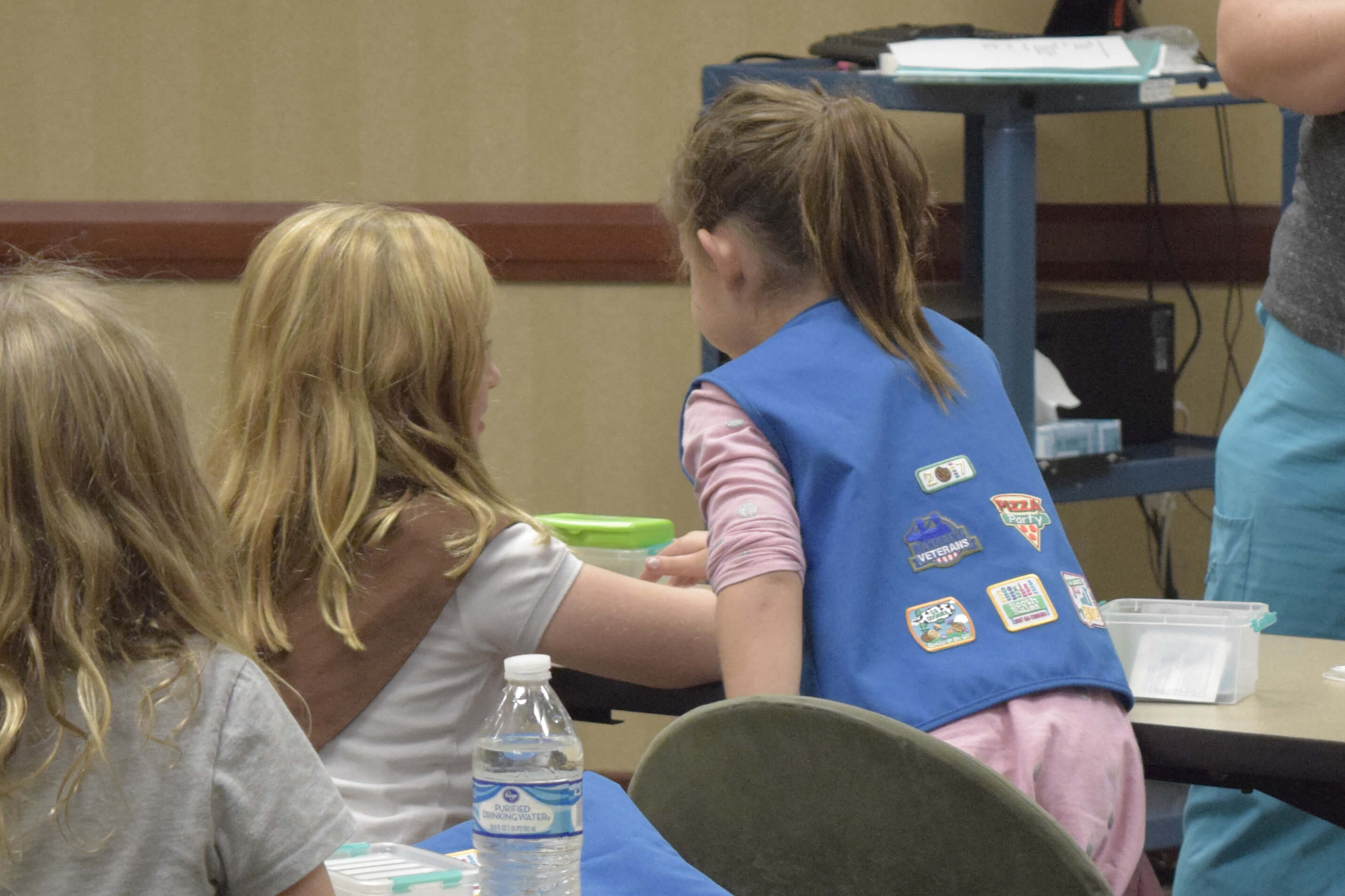 Girl Scouts Get Brownie First Aid Merit Badge At