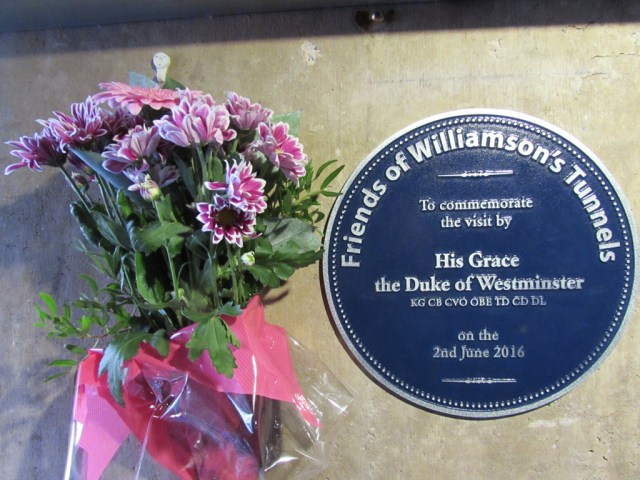 Plaque_and_Flowers