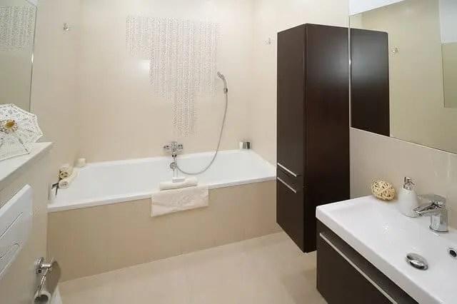 Handdoek Ophangen Keuken : Badkamer toilet en keuken accessoires kranen en douche williejan