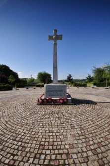 1282750230wc-30-willington-cenotaph-jul09