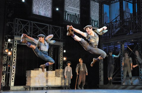 Aaron J. Albano (L) and Jess LeProtto (R) with the cast of Newsies (Deen van Meer)