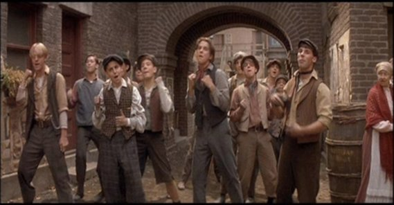 Newsies - Singing in the Streets